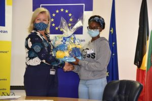 Handing-over of prizes to the winners of the Online-Europe day competition